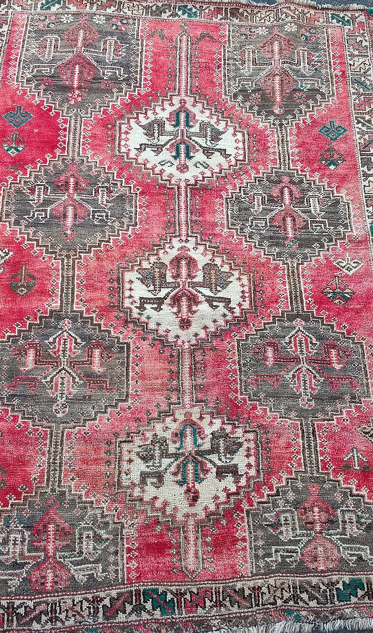 Persian Rug, faded red & cream background, 245cm x