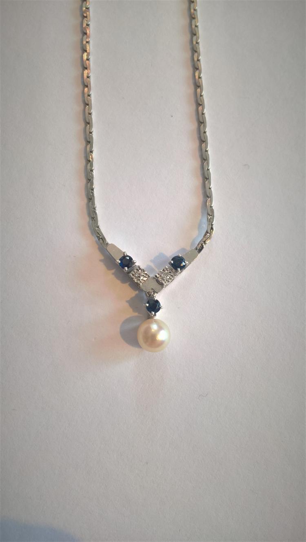 9ct White Gold Diamond (2) / Sapphire (3) / Pearl Necklace