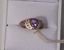 14k Gold Ring w/ Trillion Cut Amethyst Gemstone Accented w/ Opal Inlay & Diamonds 3.6g