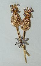 14kt  Custom Pineapple Broach w/ White & Yellow Gold & aprox « ct of diamonds 19.1 grams,  measures 3