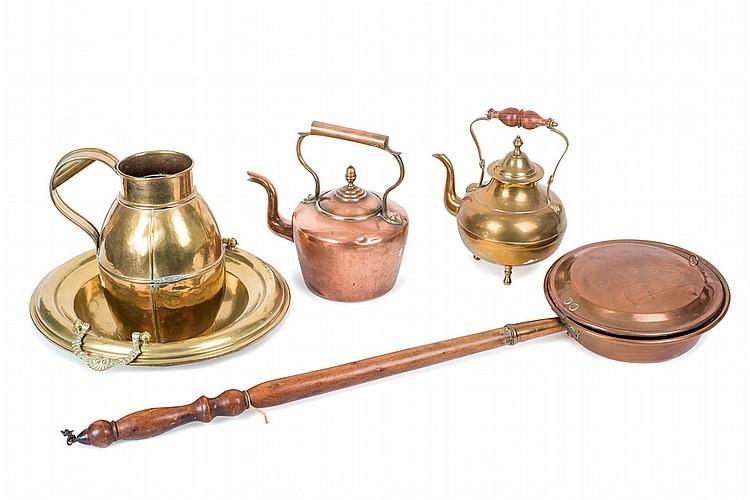 Lote formado por 5 objetos de cobre calientacamas dos tete - Objetos de cobre ...
