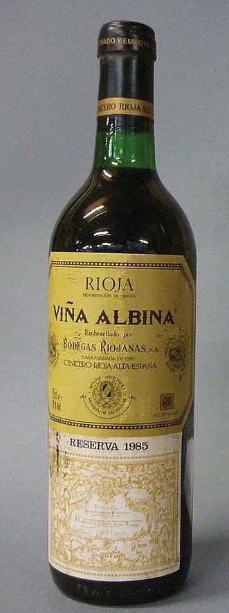 12 Bottles Rioja Viña Albina Reserva, 1985