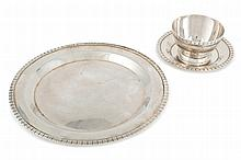 Silver sauce bowl and tray