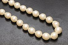 29 autralian pearl necklace