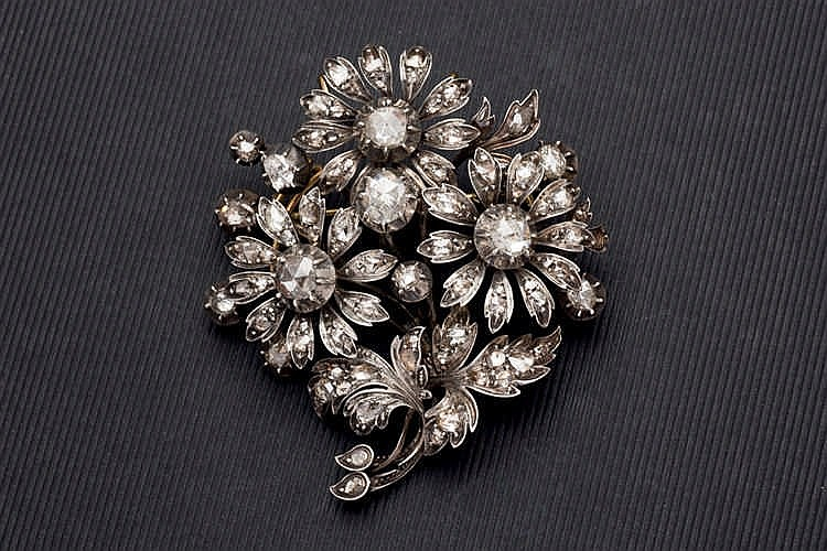 Brooche pendant diamond flower bouquet