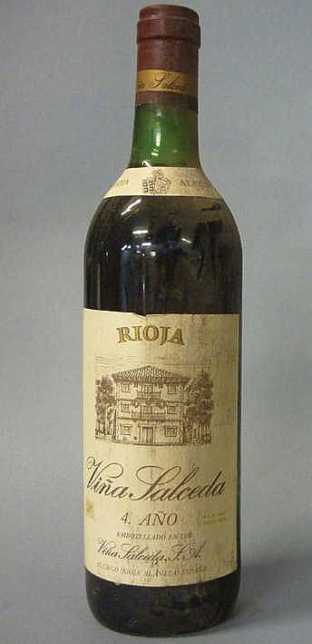 8 bottles Rioja Viña Salceda 4º año 1981
