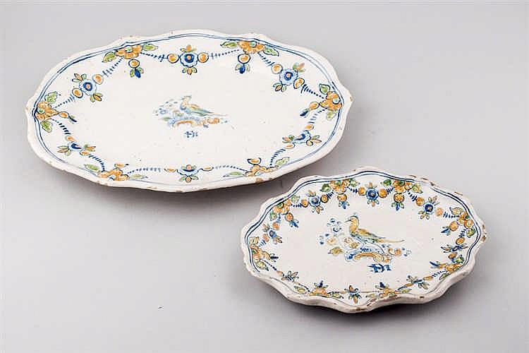 Set of two Talavera ceramic serving plates.19 thC