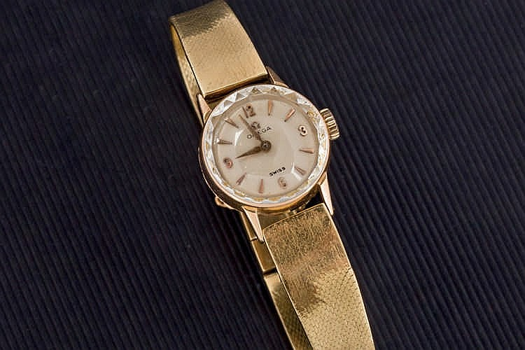 Omega yellow gold  ladies watch