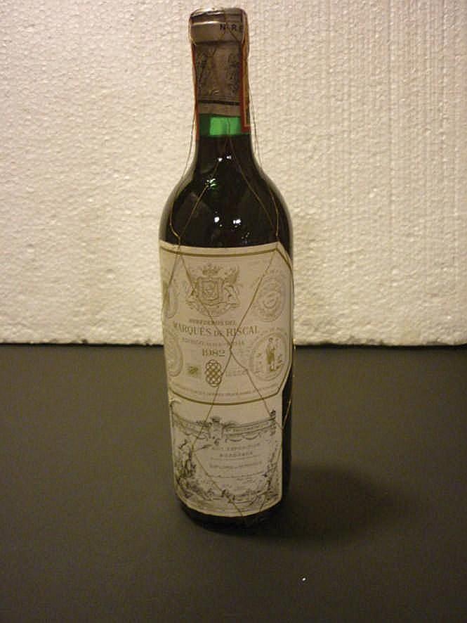 12 bottles Marqués de Riscal 1982