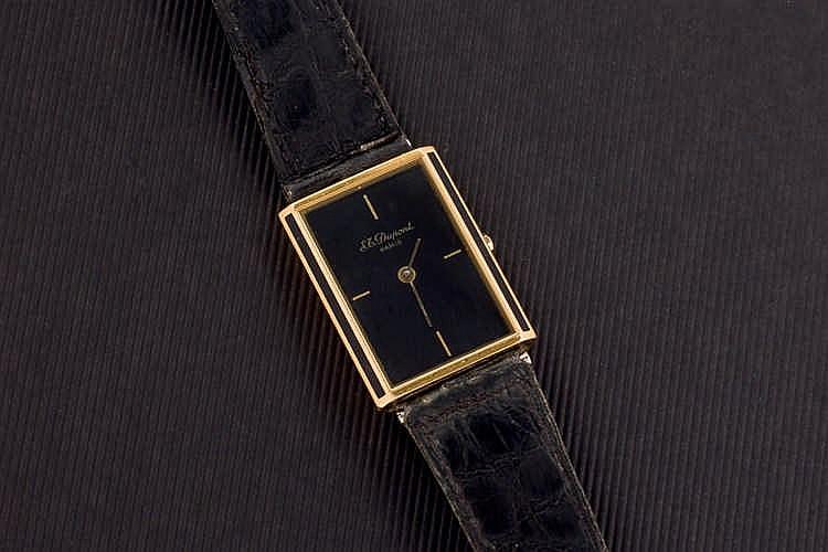 S.T. DUPONT, laque de Chine, plaqué gold