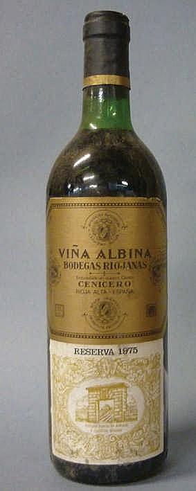 10 bottles Viña Albina Reserva 1975