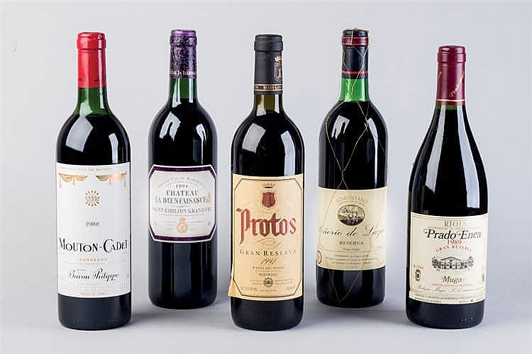 9 Spanish wine Bottles