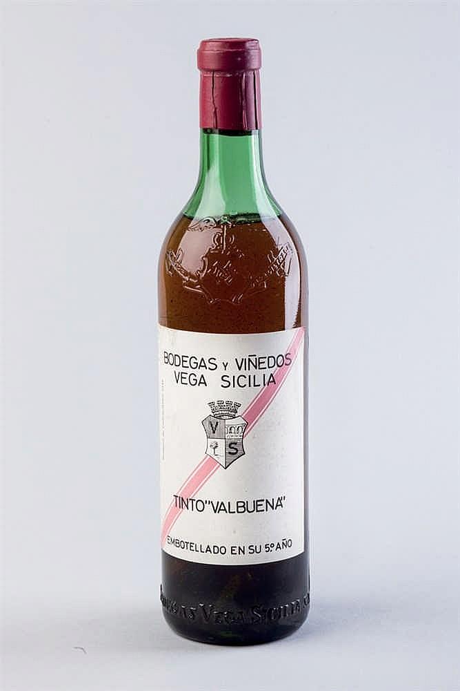 2 bottles Vega Sicilia Valbuena 5º año