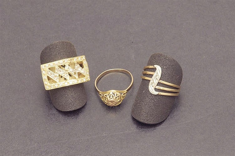 Three 14 K gold rings