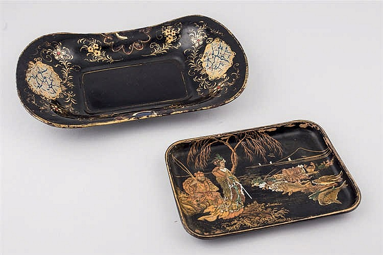 Two liittle trays. Late 19 th.C