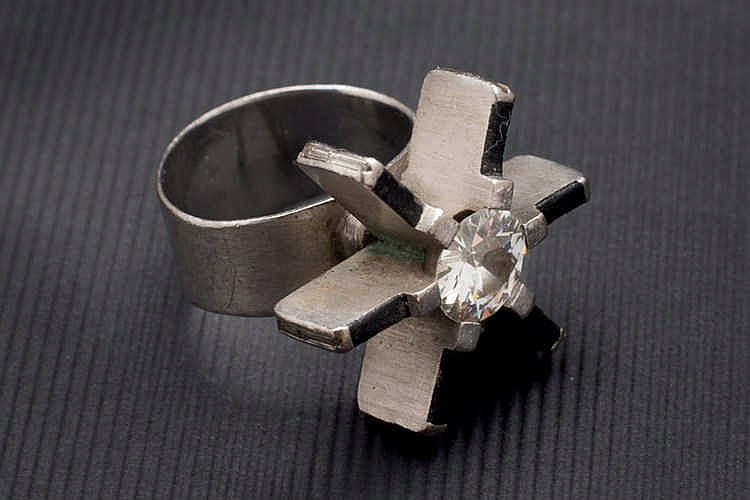 Platinum and 2 cts diamond ring