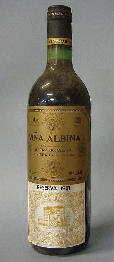 12 bottles Viña Albina Reserva 1981