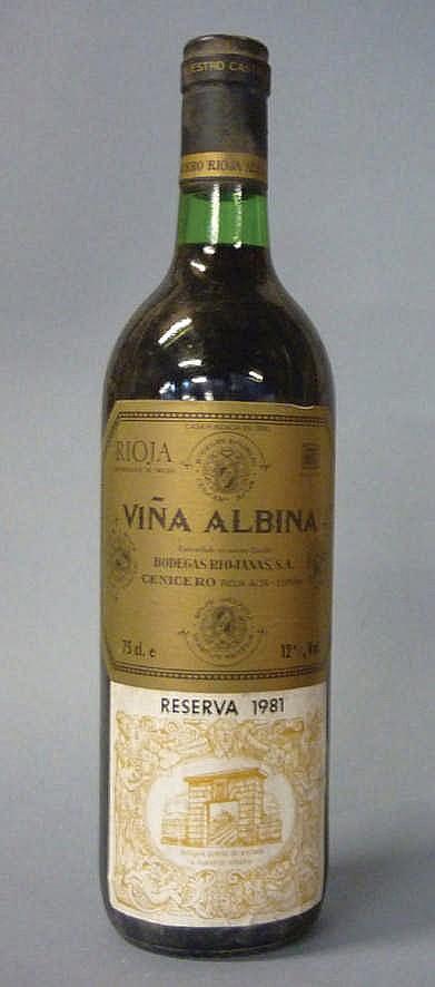 12 bottles Rioja Viña Albina Reserva 1981