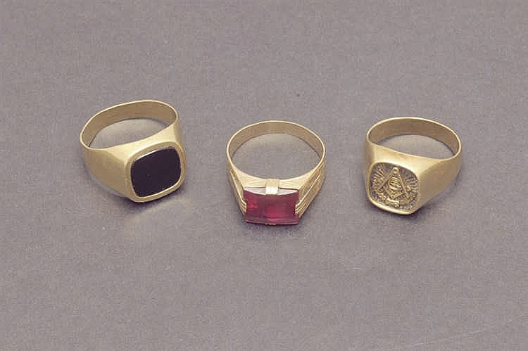 Three 14K gold rings