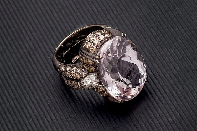 Kunzite and fancy diamonds ring