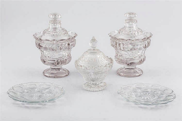 Two glass covert goblets and e sweetmeat