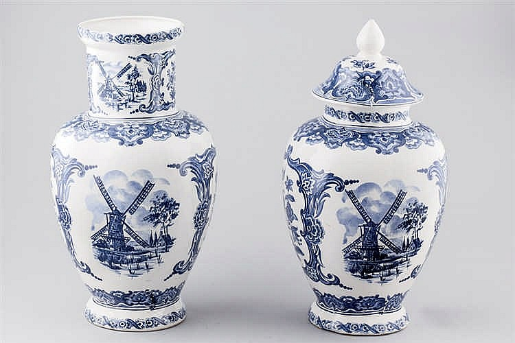 Two italian faience vases