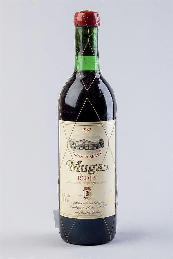 18 bottles Muga G. R. 1982
