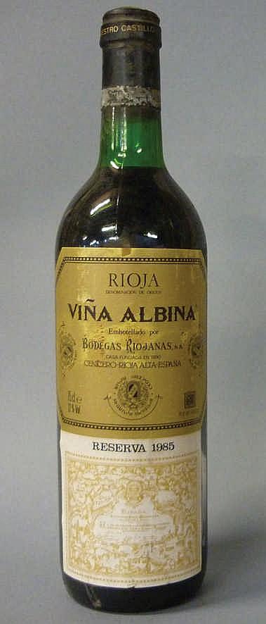 12 bottles Marqués de Riscal Reserva 1982