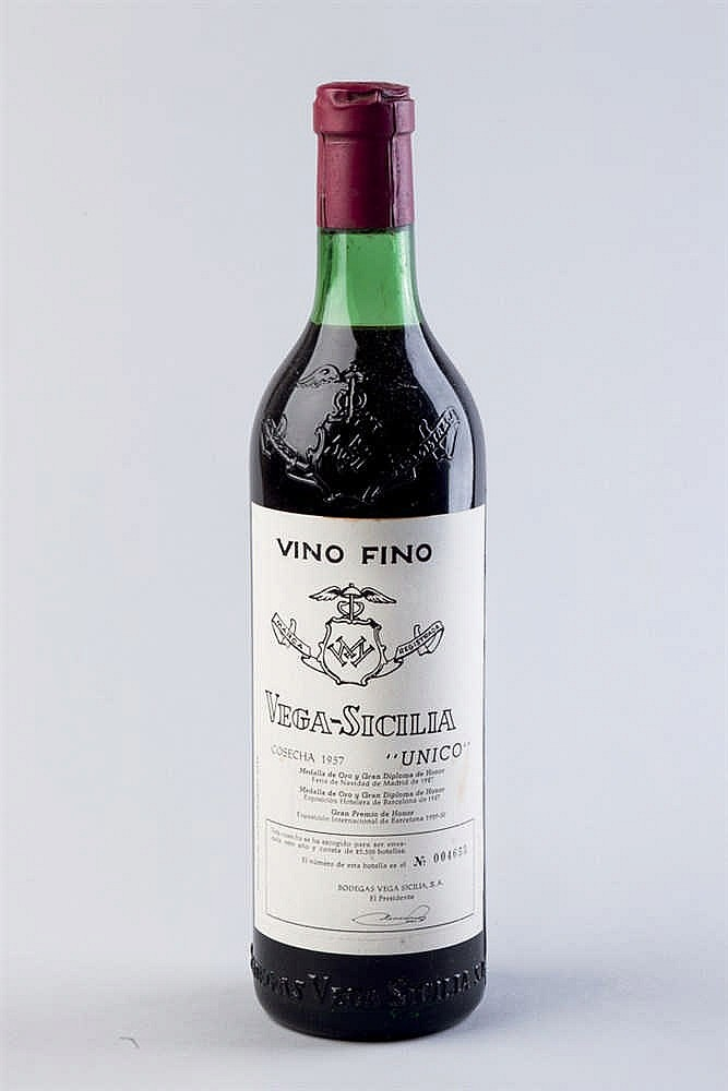 6 bottles Vega Sicilia Único, 1957