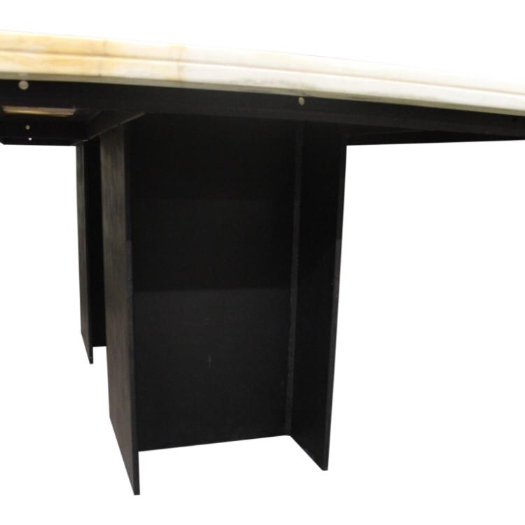 Marble Top Dining Table : H9389 L124355541 from www.invaluable.com size 750 x 750 jpeg 21kB