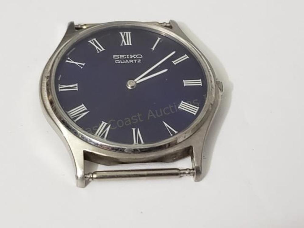 Vintage Seiko Quartz Blue Dial Wrist Watch