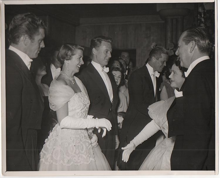 Burt Lancaster, Evie Johnson, Van Johnson, and Dan Duryea