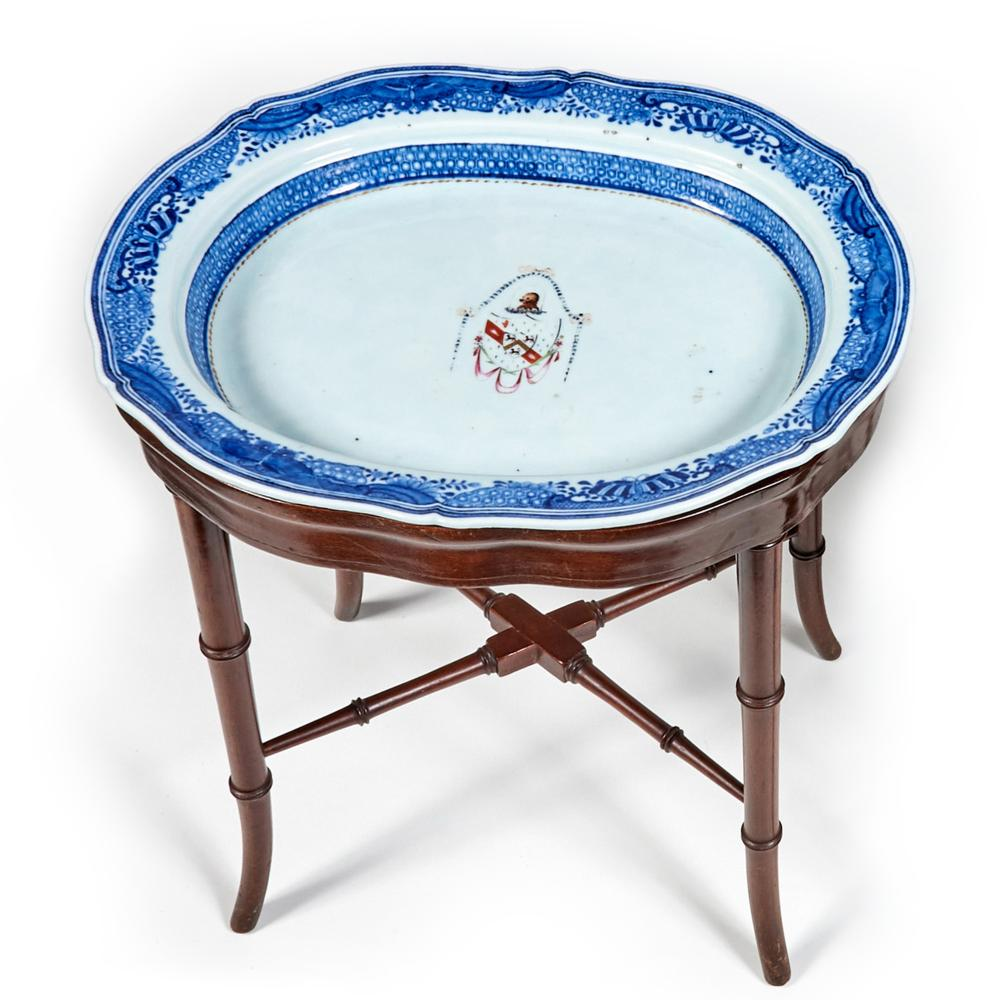 CHINESE EXPORT BLUE AND WHITE ARMORIAL PLATTER ON STAND