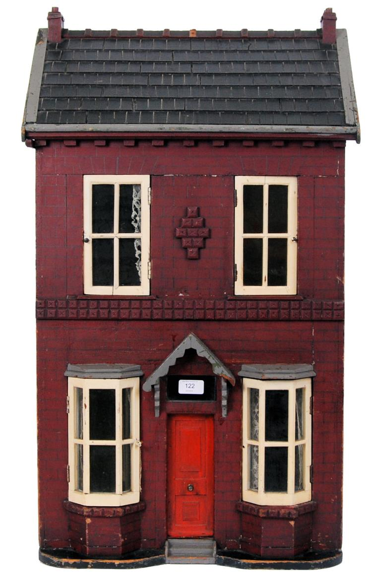 VICTORIAN DOLLS HOUSE: A charm