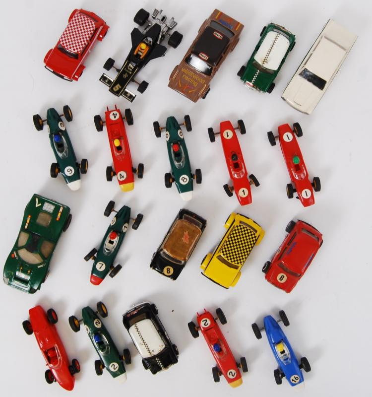 SCALEXTRIC: A collection of 20