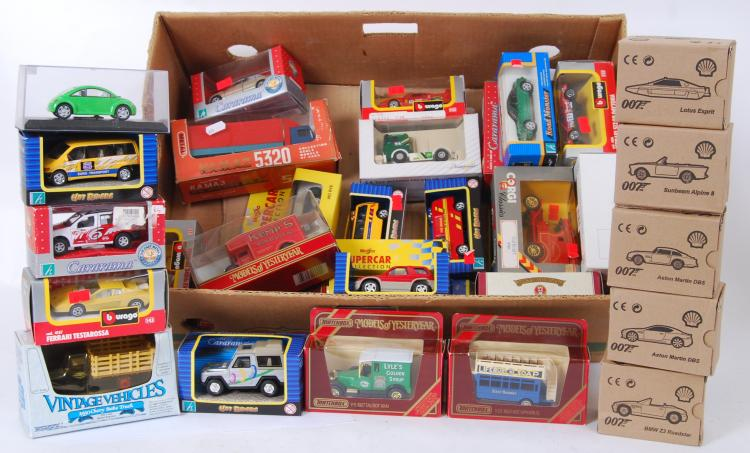 DIECAST: A large box of assort