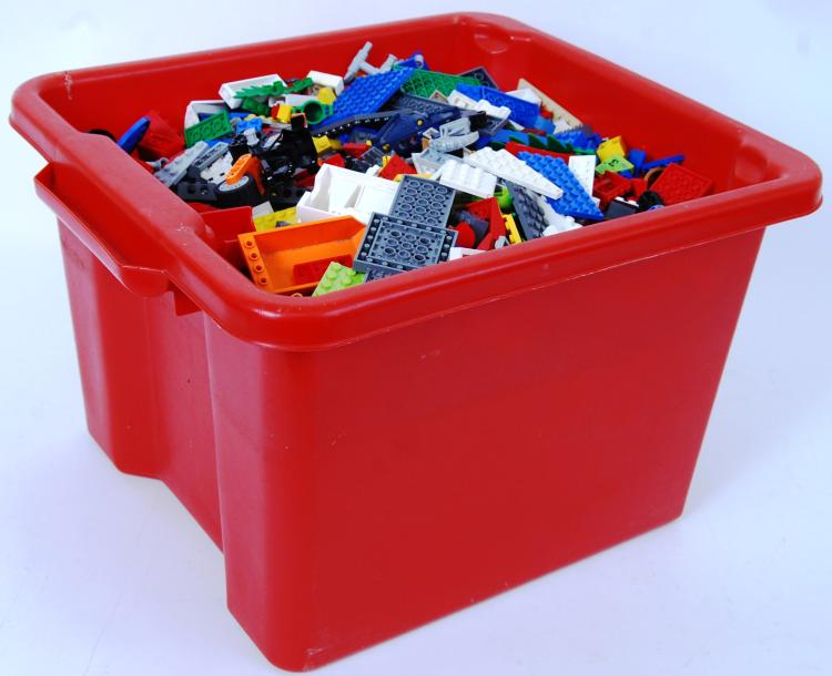 LEGO: A crate of assorted Lego