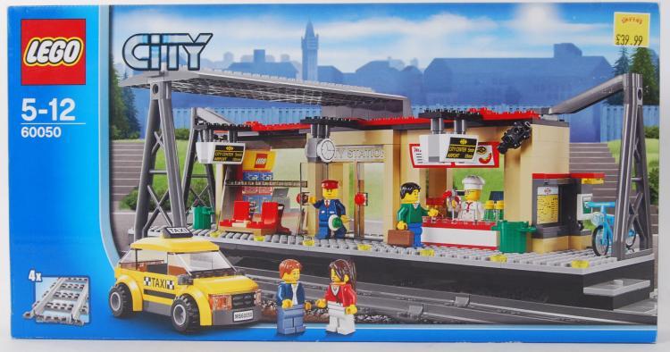 LEGO CITY: An original Lego Ci