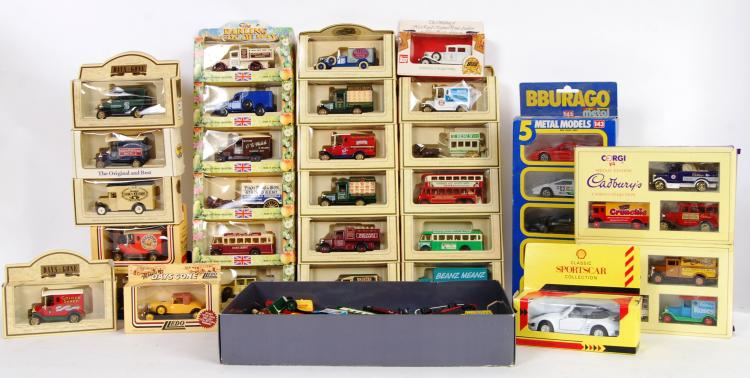 DIECAST: A box of assorted vin