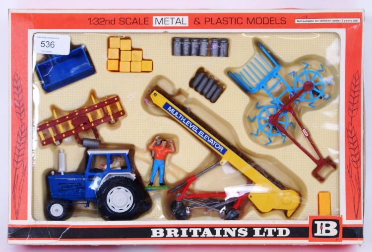 BRITAINS: A rare Britains Gift