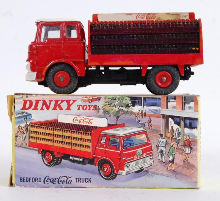 DINKY TOYS: An original vintag