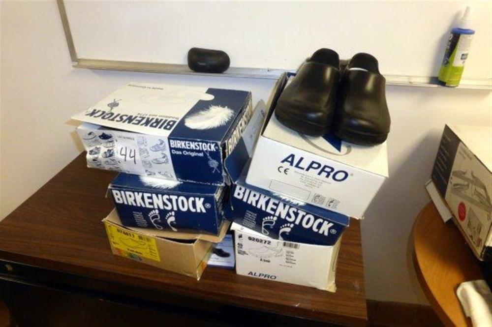 LOT BIRKENSOCK RUBBER SHOES