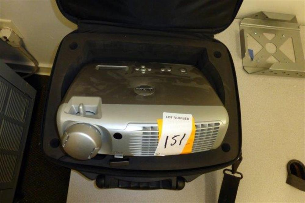 DELL 4100MP PROJECTOR W/CASE