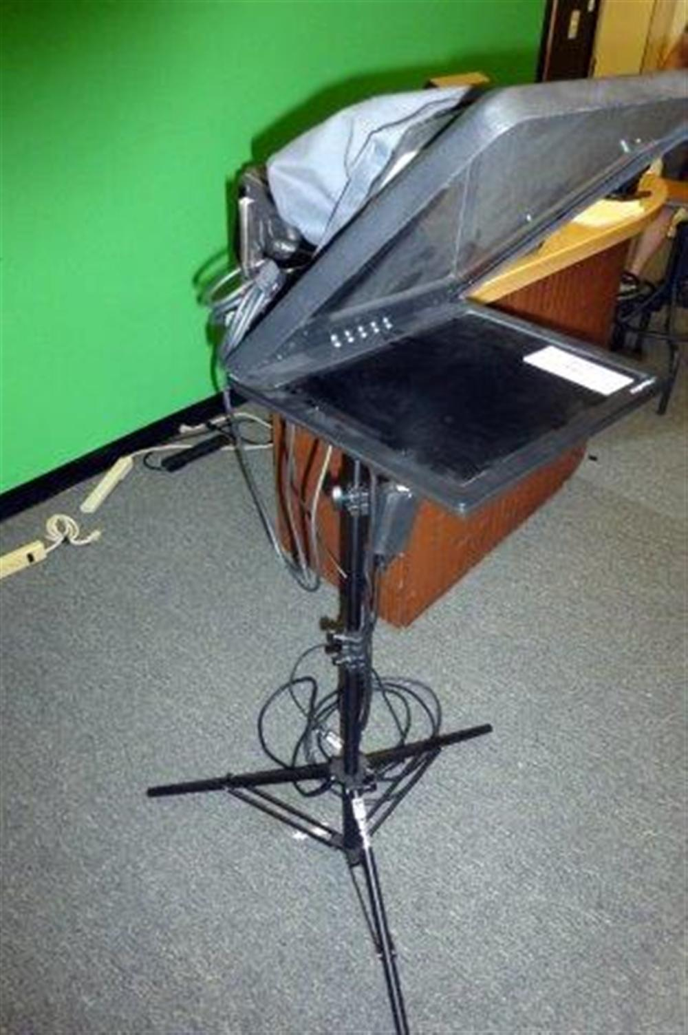 VIEW ERA TELEPROMPTER