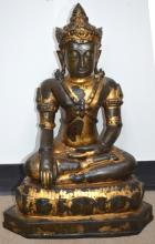 Large Antique Gold Lacquered Bronze Thai Buddha