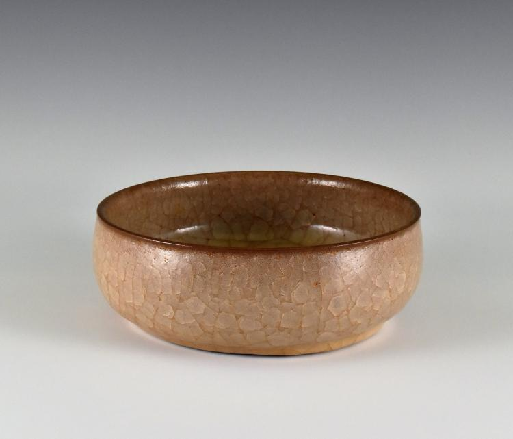 CHINESE GRAYISH-BROWN GUAN WARE BOWL
