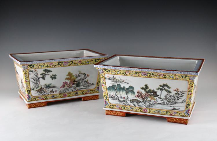 PAIR OF QIANLONG FAMILLE ROSE PLANT POTS