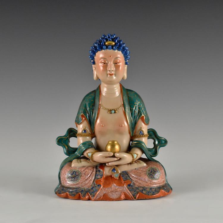 QING DYNASTY FAMILLE ROSE & GILT PORCELAIN BUDDHA