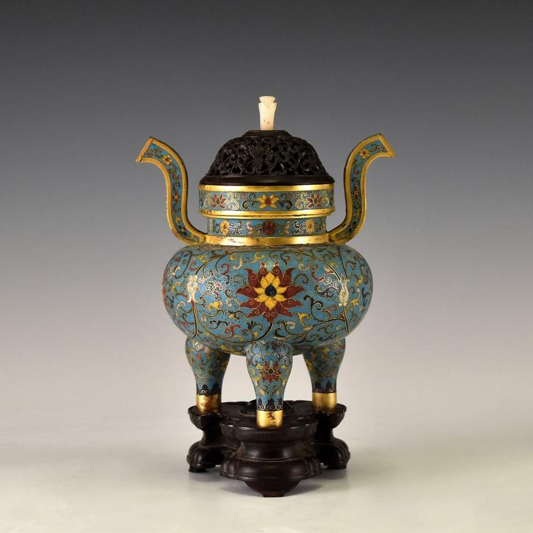 CLOISONNE ENAMEL GILT BRONZE COVERED TRIPOD CENSER ON STAND