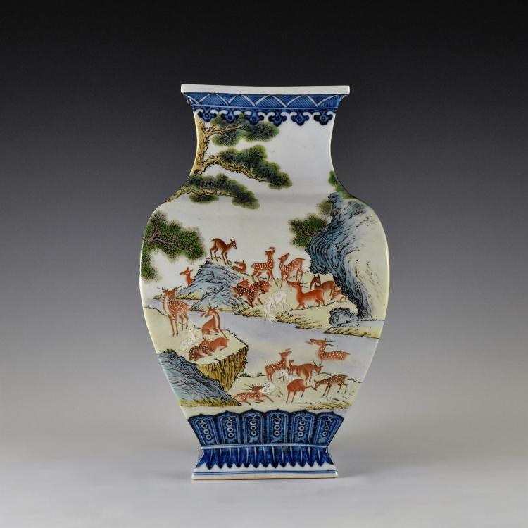 HUNDRED DEERS CHINESE PORCELAIN SQUARE BALUSTER VASE